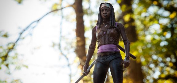 michonne-action-figure-2013-topper