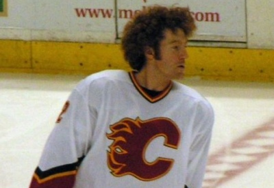 Mike Commodore as a Calgary Flame