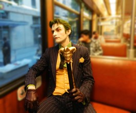 harleys-joker-cosplay-train